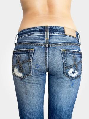 Women Fashion-Jeans